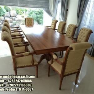 Set Kursi Meja Makan Keluarga