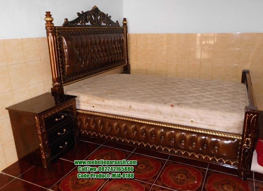 Model Tempat Tidur Ukir-MJA-0188-Mebel Jepara Asli