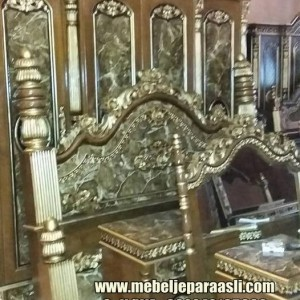 Kamar Set Ukiran Monalisa
