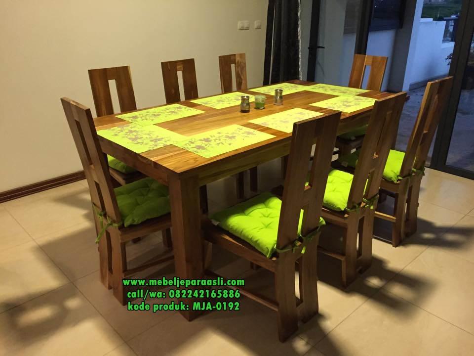 Meja Makan Minimalis Kayu Jati Solid